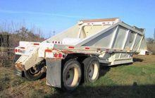 1996 Red River 40' Bottom Dump