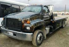 2002 GMC C6500 Rollback Truck 2