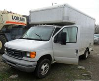 2006 Ford E450 Moving Truck 12'