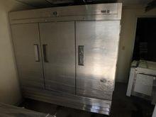 Kelvinator 3 Door S/S Commercia