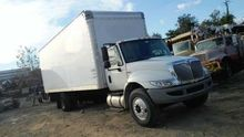 2011 International 4300 26' Box