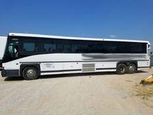 2000 MCI DL3 Bus, 53 Passenger