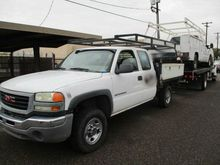 2005 GMC Sierra 2500HD Flatbed