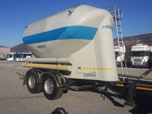2004 Mistral cement tank Traile