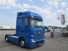 2012 Mercedes-Benz Tractor