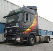2010 Mercedes-Benz Tractor