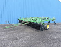 Used JD 712 DISC CHI