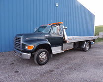 1997 FORD F-800 TRUCK