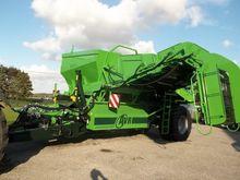 2015 AVR 9200 Potato harvester