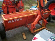 2002 Altec 3M Fertiliser spread