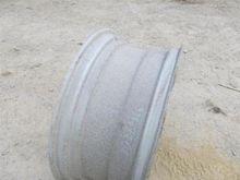 GKN Wheels 34xDW15L Tractor Rim