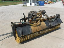Caterpillar BA 25 Broom
