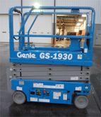 Used 2014 Genie GS19