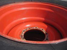 Firestone 650/75 R32 Kompletträ
