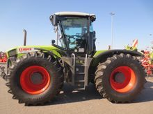 2011 CLAAS XERION 3800 VC
