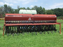 International 5400/263 Planting
