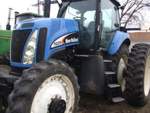 2007 New Holland TG215 Tractor