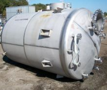 Industrial Air 1700 gallon T-31