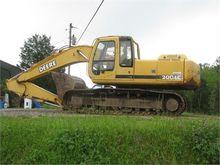 Used 2001 DEERE 200