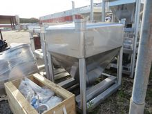 Used 33 Cubic Foot T
