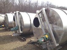 Used 1,500 Gallon St