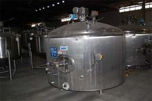 2,000 Gallon Stainless STeel Sa