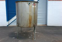 700 Gallon Jacketed Tank, 4'9″