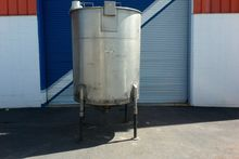 700 Gallon T304 Stainless Steel