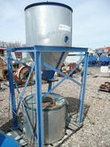 1000 LB DRYING HOPPER ONLY APPR