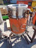 76 Litre, 6 Bar/Full Vacuum Int