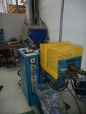horizontal injection molder by