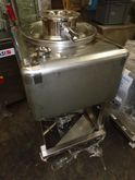 Used 8 Cubic Foot 22