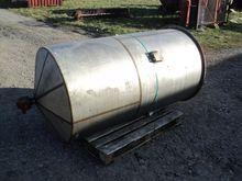 800 Litres Stainless Steel Vert