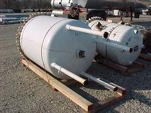 Used 250 Gallon, 40″