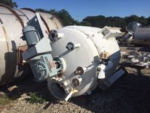 Used 800 Gallon 304