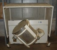 Used CONTAINER MIXER