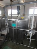 STAINLESS STEEL JECKETED VERTIC