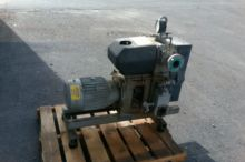 113 CFM 10 HP Huckepack Model H