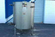 Used 575 Gallon Vert