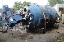 Used 2,000 Gallon 29