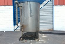 800 Gallon Vertical Stainless S
