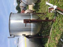 Used 590 Gallon 90 P