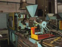 1988 INJECTION MOLDER FORMOPLAS