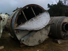 Used 1,750 Gallon Ve