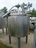 vertical mixing tank with jacke
