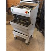 ABO Semi- Automatic Breadslicer