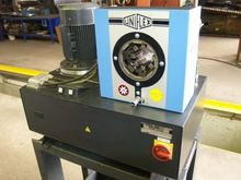 2001 Uniflex HM200-2