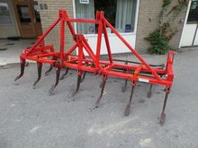 Cultivator with open roll