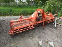 Used Kuhn EL 142 in