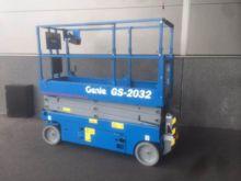 2014 Genie GS2032
